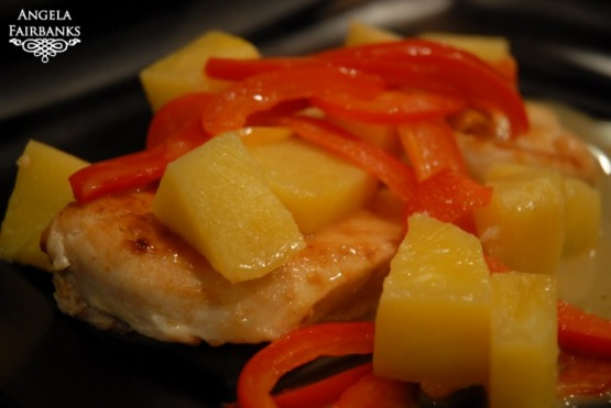 Hawaiian chicken with pineapple and peppers